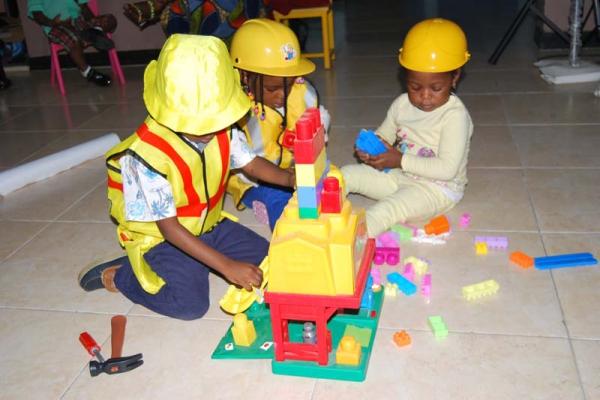 Artville is the best montessori based school, comprising Creche, Pre-nursery, Nursery and Primary in Chevy View Estate, Chevron, Lekki, Lagos State, Nigeria